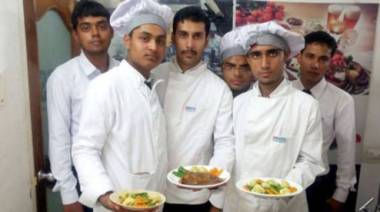 Make A Career In Food Production Through A Hotel Management Institute